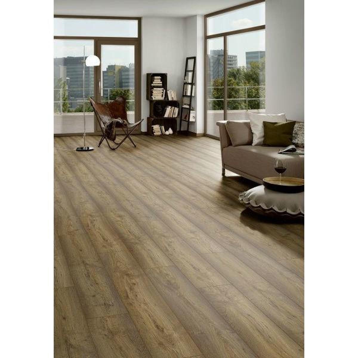 Prestige Habana Oak Laminate Flooring Xxmm SYper Pack - Cheap laminate flooring packs